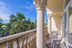 375 5TH AVE S #301